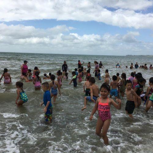 Kelston-Primary-Cornwallis-Beach-Trip-2018 (23).jpg